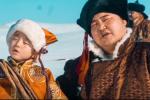 """Э.Төрмандах Өсөхөө хүүтэй хамтран """"Аархал"""" дуугаа шинэчлэн дуулжээ /Бичлэг/"""