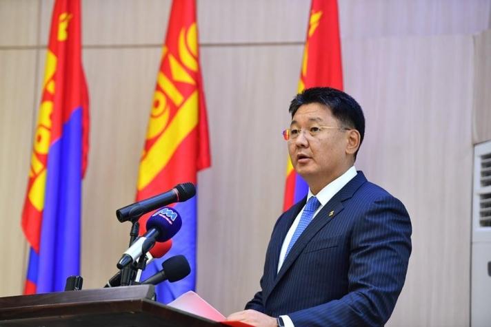 Засгийн газар бүрэн бүрэлдэхүүнээрээ огцрох саналыг МАН-ын Удирдах зөвлөл дэмжжээ